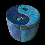 Yin et yang reliquaire deux couleurs